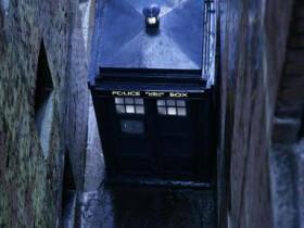 TARDIS in der Zwickmühle