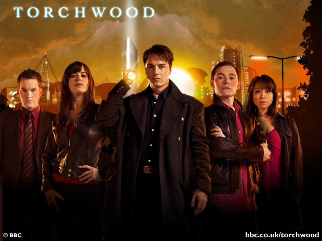 http://www.drwho.de/media/galerie/season2_promo/torchwood_s2_bbc_promo_02.jpg